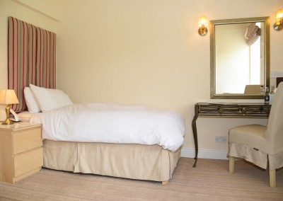 CA Single Room